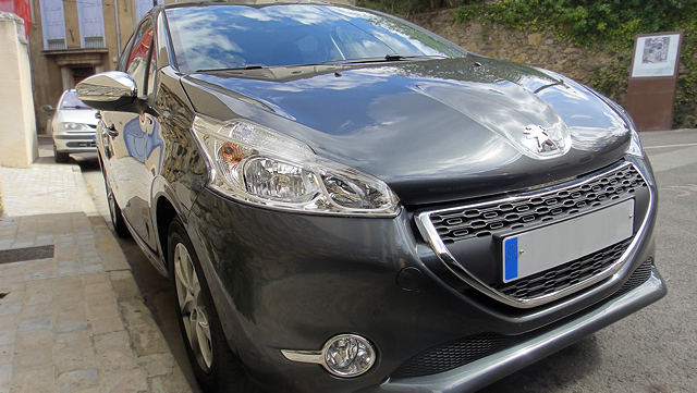 peugeot-208-style-3