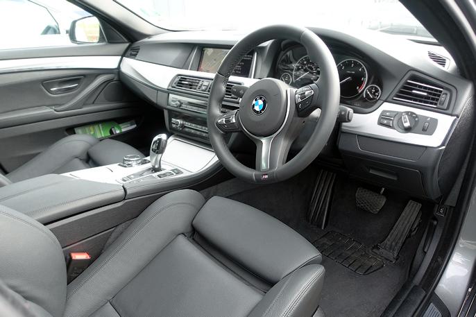 BMW's designere vet hvordan man skaper en perfekt førerposisjon.