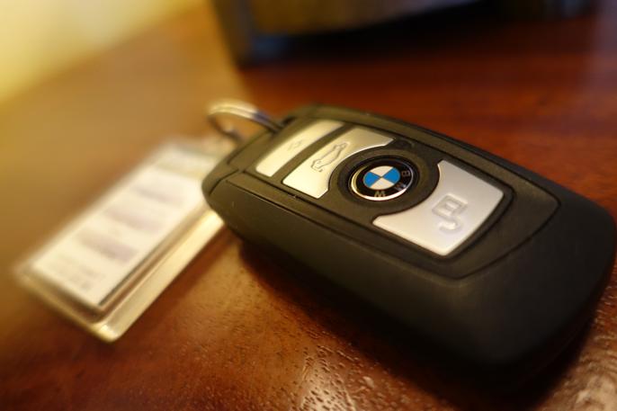 Å leie en fet BMW er en fin måte å belønne seg selv.