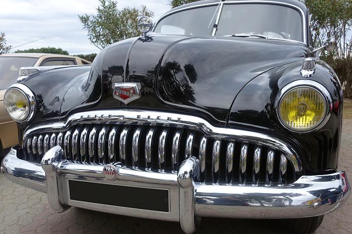 Buicks svært karakteristiske tanngard.
