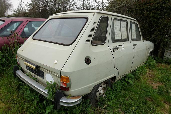 Renault 6 phase I (68-73) overlatt til egen skjebne.