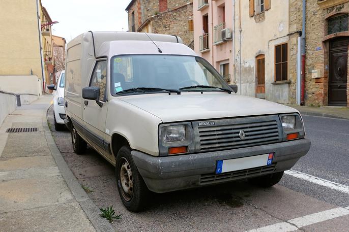 Renault Express (sent 80-tall) var litt populær her hjemme, men uhyre populær i Syd-Europa med hele 1,7 millioner produsert i tiden 1985-91.