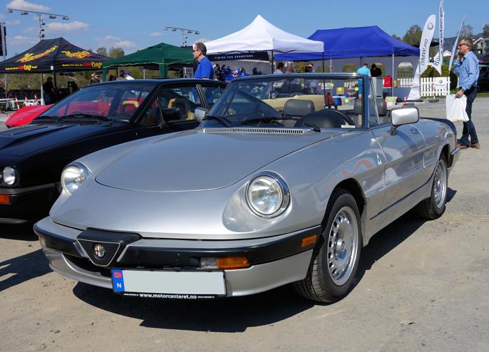 Sannsynligvis en serie III med 2000 motor. Form og konsept fra 60-tallet. En ekte klassiker.