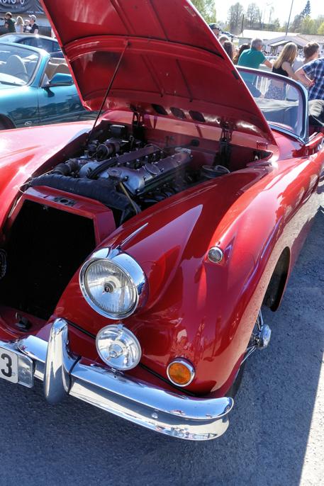 Under panseret på denne 1958-modellen befinner det seg 190 hester.