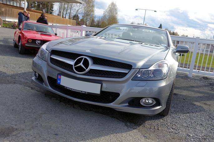 2010 Mercedes-Benz SL300 Cabriolet. Også en klassiker.