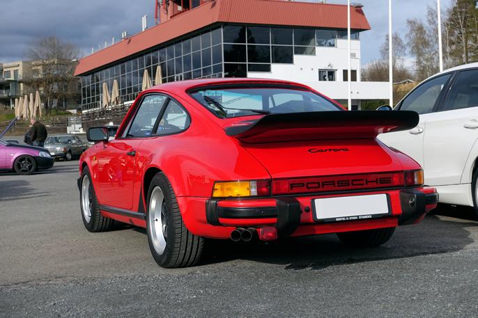 Jeg utpeker denne klassiske 1983 Porsche 911 Turbo til treffets vakreste.