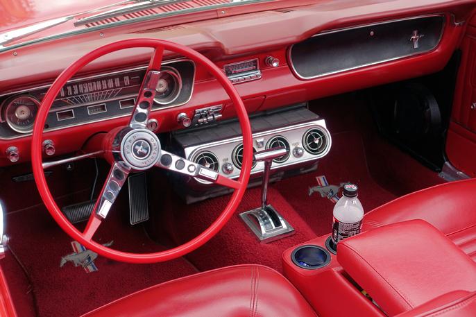 Slik skal det gjøres! Her fra en av gjestenes 1965-modell.