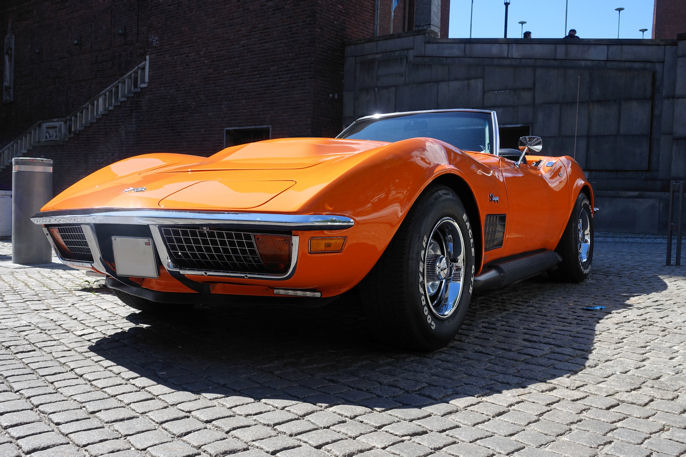 72 Chevrolet Corvette, muligens i Chevrolets Orange Flame Paint.