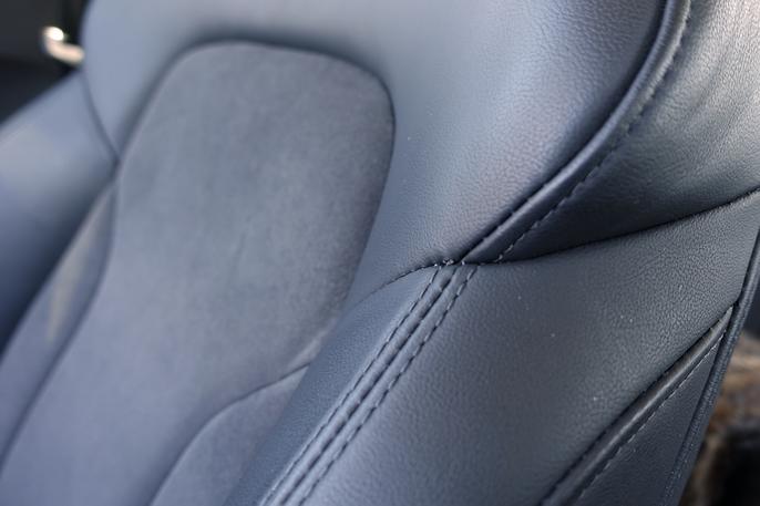Audi-setene er de samme i flere modellserier. Q3-Q7, og A3-A6. Skinn og Alcantara ser like fine ut som nye.