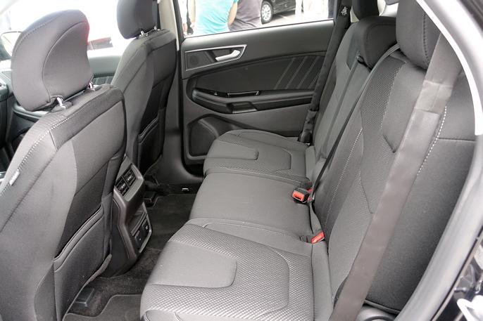 Ford Edge er med sin lengde på 4,80 en stor SUV - i europeisk målestokk.