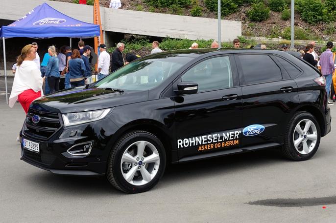 USA-produserte Ford Edge, derimot, deler plattform med Mondeo.