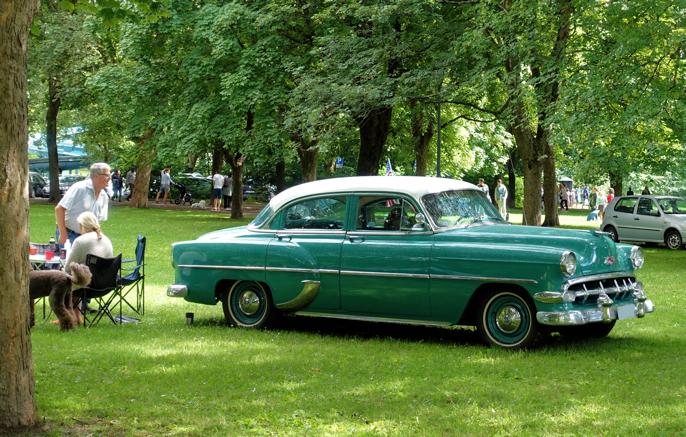 Jeg har ingen problemer med å kåre denne vakre Chevrolet 210 som vakreste bil i Frognerparken denne dagen.