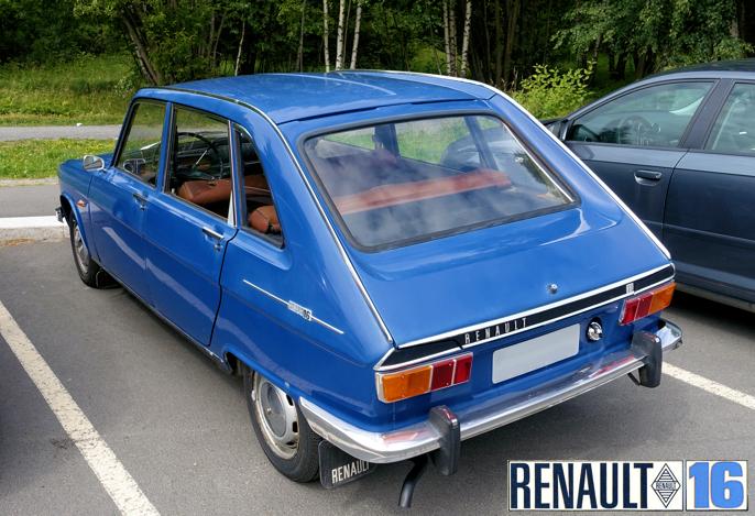 Fra 1971 fikk Renault rektangulære baklys.