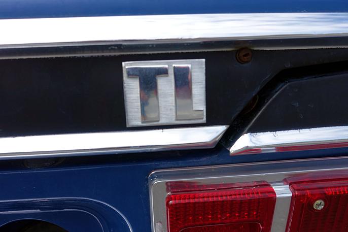 TL. Andre utstyrsvarianter var TA (automat) , TS og TX.