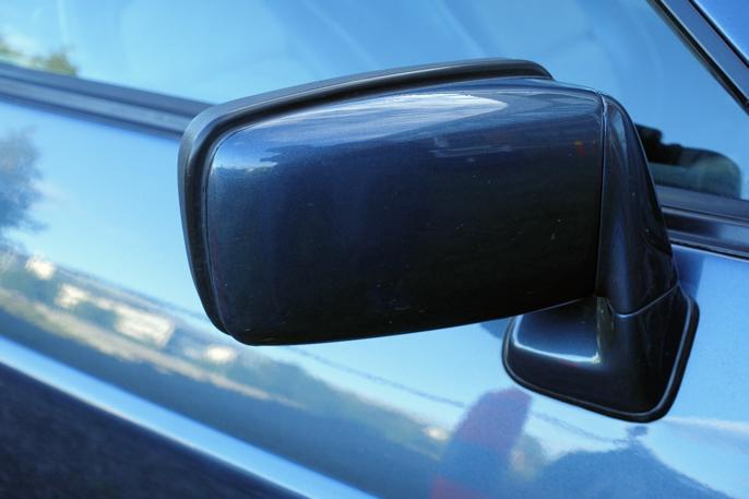 Speildesignet er utvilsomt 80-talls Porsche.