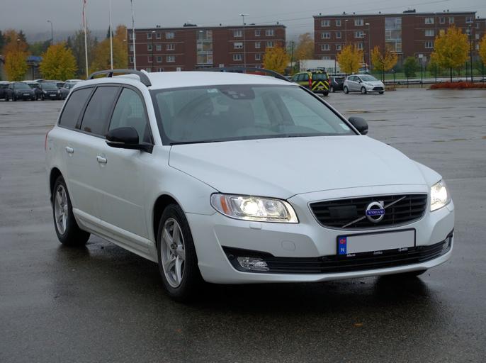 Stor Volvo på økonomiklasse.