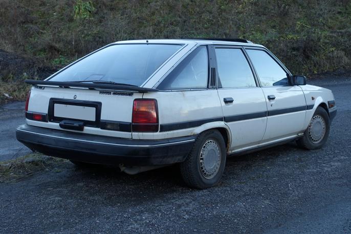 Carina II tok i bruk Liftback-betegnelsen, men jeg synes ikke den er like tøff som Toyotas første og legendariske Liftback, 1977 Corolla Liftback.