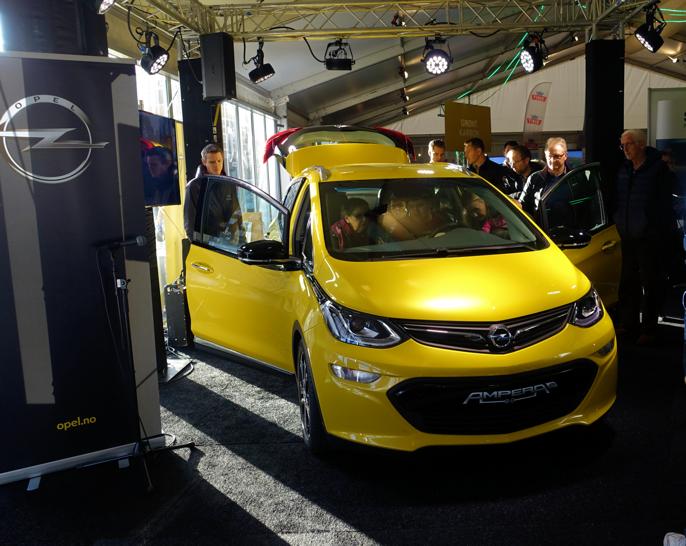 Utvendig størrelse som Renault Captur.