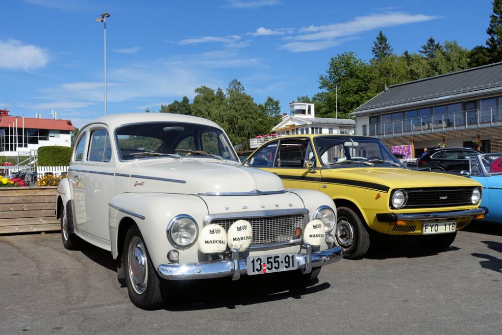 Volvo 544 PV og DAF Marathon