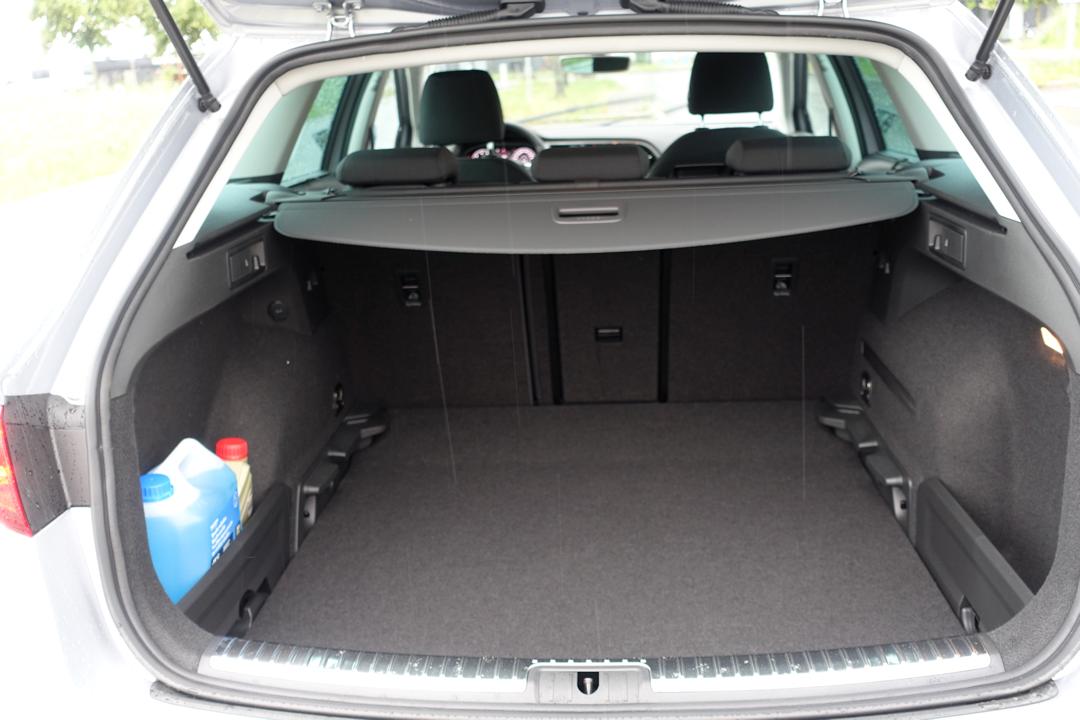seat-leon-st-bagasjerom